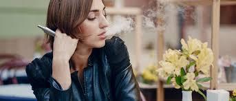 Kanë marrë përdorim të gjerë, por këto janë efektet anësore të cigareve elektronike