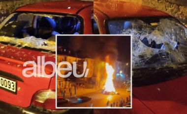 Çfarë po ndodh në Ankara? Turqit djegin gjatë natës pronat e sirianëve të ikur nga lufta (VIDEO)