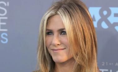 """Jennifer Aniston: Është """"turp"""" i madh të refuzosh vaksinën"""