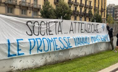 """Lukaku drejt largimit, tifozët """"zikaltër"""" në protestë: Premtimet duhet mbajtur"""