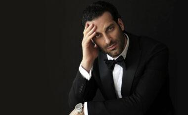 I ndërroi nëna jetë para koncertit tenori shqiptar ndërpret shfaqjen: Ju kërkoj falje!