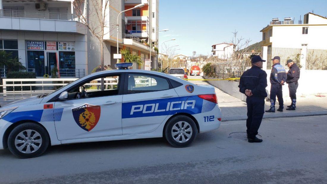 E FUNDIT/ Plagosi 55 vjeçarin me armë zjarri, arrestohet vlonjati i rrezikshëm