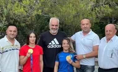 Rama takon xhudistet që i dhanë Kosovës medalje ari: Nder të mikpres buzë dy kampionet
