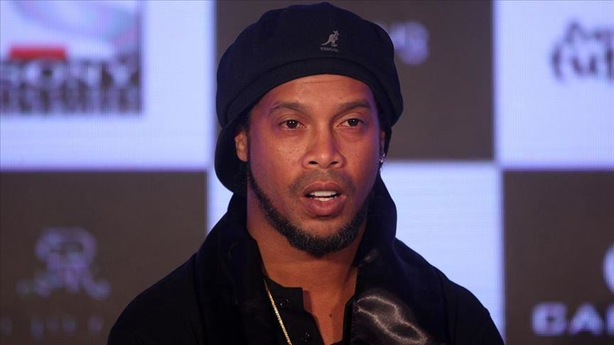 Ronaldinho rrëfehet për jetën aktuale: Luaj mes pensionistëve
