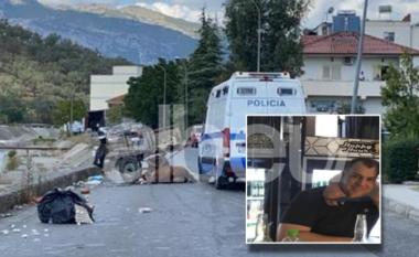 DETAJET/ Furgoni i burgut transportonte Sokol Sanxhaktarin, përplas karrocën dhe plagos rëndë qytetarin (FOTO LAJM)