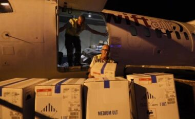 Doza të reja Pfizer mbërrijnë në Rinas, sa shkon në total numri i tyre (FOTO LAJM)
