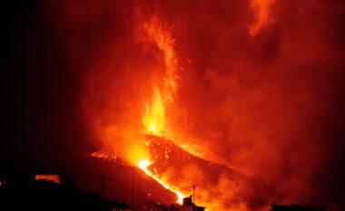 Shpërthimi i vullkanit në Ishujt Kanarie, mbyllet aeroporti në La Palma
