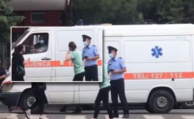E reja godet policin te dera e Infektivit: Dua të futem brenda tek mami im! (VIDEO)
