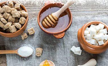 A janë ëmbëlsuesit artificialë të dëmshëm për shëndetin?
