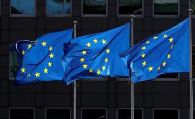 BE heq Shqipërinë nga lista e vendeve të sigurta nga COVID-19