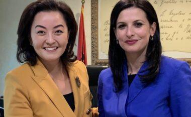 Ambasadorja Kim takohet me Gjonajn: Falë kontributit të saj, Reforma në Drejtësi po jep rezultate
