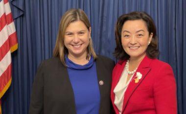 Yuri Kim takohet me kongresmenen amerikane: Shqipëria, meritë të veçantë që priti afganët
