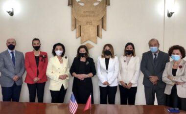 Yuri Kim takon anëtarët e Kushtetueses: Jepni gjykime me integritet dhe pavarësi