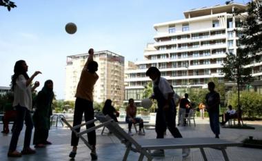 Mes diellit dhe palmave, jeta e afganëve në Shqipëri