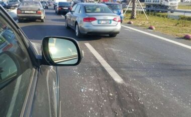 Aksident në Durrës, i riu përplas me makinë 50-vjeçarin