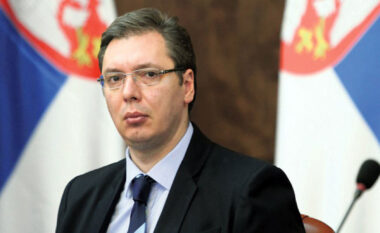 Çështja e targave, Vuçiç i hedh benzinë zjarrit: Snajperistët kanë mbuluar shtëpitë e të rinjve serbë
