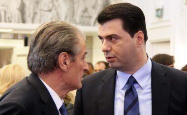 LIVE/ Dorëheqja në 2013 dhe ardhja e Lulzim Bashës, Sali Berisha kërkon publikisht falje demokratëve