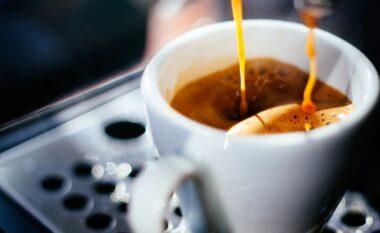 Çfarë ndodh me trupin tonë kur konsumojmë kafe esëll në mëngjes