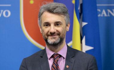 Kryetari i Kantonit të Sarajevës, Edin Forto, operohet në Spitalin Amerikan