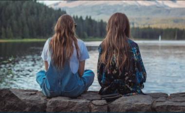 Studimi i ri tregon arsyet pse përfundojnë miqësitë midis njerëzve