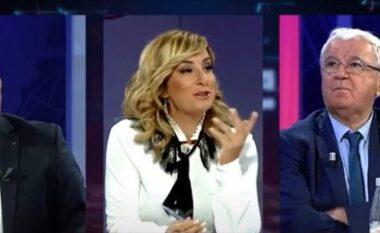 Zogu hyn në studio gjatë trasmetimit live, Spartak Ngjela nuk ndal dot të qeshurën (VIDEO)