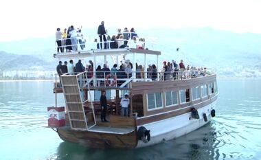 E FUNDIT/ Bie nga anija turistike, ndërron jetë 25-vjeçarja në Vlorë