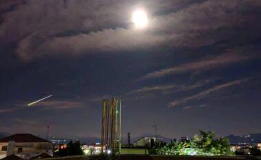 Nata bëhet ditë në Greqi, fenomeni i rrallë qiellor që u pa mbrëmë (VIDEO)