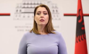 Manastirliu apel qytetarëve: Mos dëgjoni broçkulla, por vaksionohuni (VIDEO)