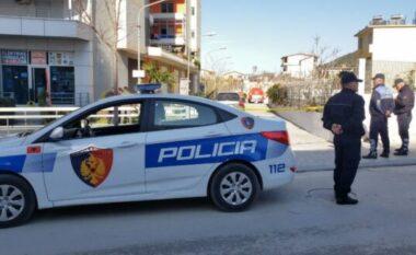 Zbardhet fotografia e personit që plagosi të dashurën në Vlorë (FOTO LAJM)