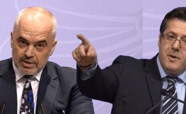 """""""Me kë jeni me Berishën apo me SHBA-në?"""", përgjigjja epike e Edi Palokës"""