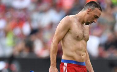 Merkatoja vazhdon për lojtarët pa kontratë, emra të mëdhenj në kërkim të një skuadre