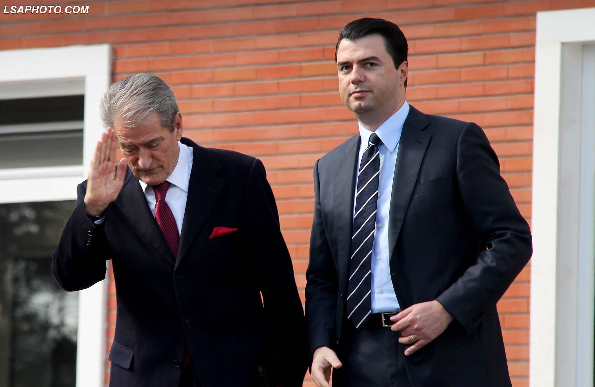 Lulzim Basha u jep urdhër demokratëve për Berishën