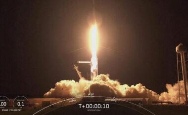 """SpaceX: Astronautët amatorë nisen në misionin """"Inspiration4"""""""