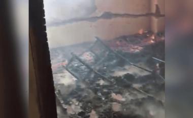 Përfshihet nga flakët xhamia e Bulqizës, myftiu: Zjarrvënie e qëllimshme