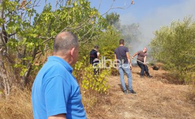 """Zjarr në bllokun e fiqve në lagjen """"Uznovë"""" të Beratit, mendohet të jetë i qëllimshëm"""