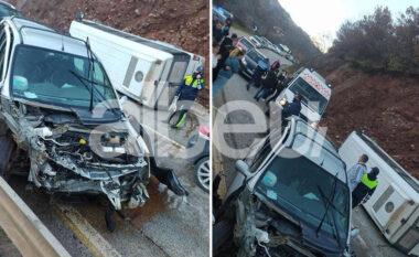 """Aksidenti në Librazhd nxjerr """"zbuluar"""" të riun, në makinë kishte edhe 3 sirianë! Të gjithë në spital"""