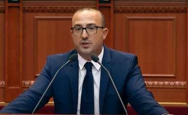 """""""Solla çizmet për ministren"""", Korreshi vijon akuzat plot humor: Biznesmeni rruajti lekët e shalqirit"""