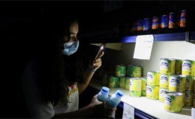 Kriza zhyt Libanin në errësirë, vendi mbetet pa energji elektrike
