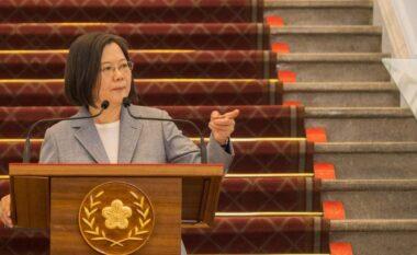 Tajvani: Nuk do t'i nënshtrohemi presionit të Pekinit