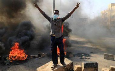 Grushti i shtetit në Sudan, vazhdojnë protestat pas pushtimit ushtarak