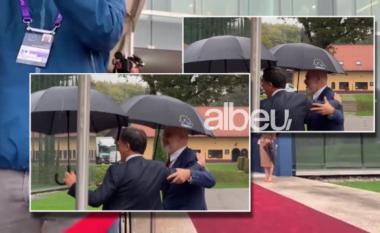 """Momentet pikante në Slloveni, Rama """"përplaset"""" me homologun holandaz: Futi ti, jo futu ti i pari! (VIDEO)"""