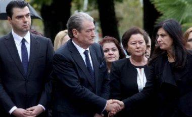 A do kandidojë përballë Berishës për kryetare të PD? Topalli merr vendimin