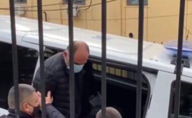 Përplasi për vdekje bashkëfshatarin pasi e tallte, kërkohen 18 vite burg për Mhill Gegën (FOTO LAJM)