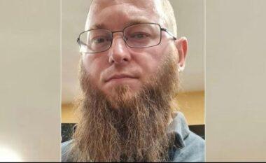 Nga plagosja, kanosja e vrasja! U lirua 4 muaj më parë, kush është Erjon Llapushi që i mori jetën kamarierit