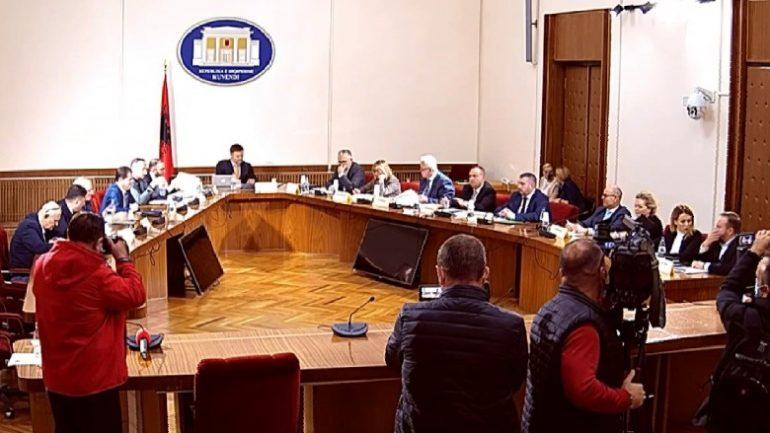 Alibeaj: Komisioni Hetimor do të nxjerrë para përgjegjësisë institucionet vendore