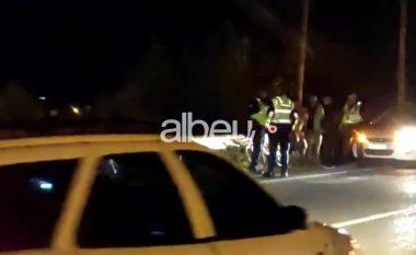 E FUNDIT/ E përplasi makina në autostradë, këmbësori ndërron jetë  (VIDEO)