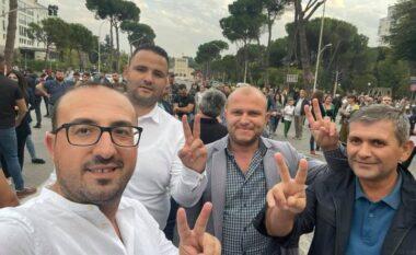 Dy deputetët e opozitës që morën pjesë në protestën kundër rritjes së çmimeve (FOTO LAJM)