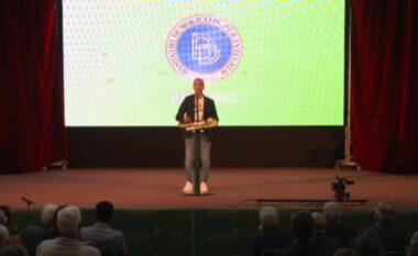 Grubi: Projekteve të Hekuran Dukës u qëndrojnë prapa ministrat e Ali Ahmetit
