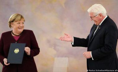Merkel, tani e tutje, vetëm kancelare në detyrë