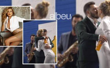 """Ndodh e papritura në """"Big Brother VIP"""", Beniada dhe Arditi puthen në buzë (FOTO LAJM)"""